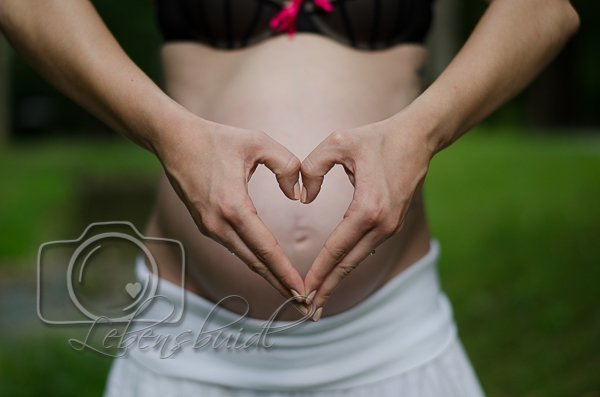 Babybauch Foto